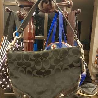 Authentic Coach Handbag/ Pouch/ Wristlet (like new)