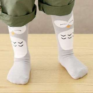 Grey penguin baby socks