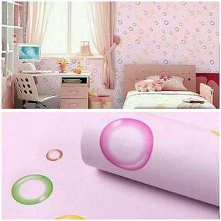 Wallpaper sticker pink gelembung hijau