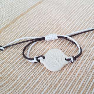 Adjustable handmade bracelet