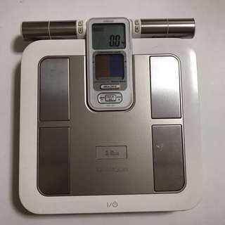 Omron Karada Scan Body Composition Scale