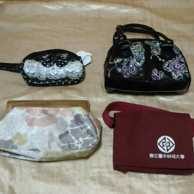 四個$100👜全新-多款可愛小包包 零錢包 小書包造型 亮片小提包