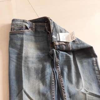 Brand New Denizen Slim Straight Cut Jeans