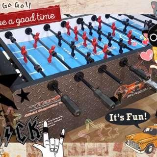 我地party room 多左個新設施玩, 快d黎同朋友開戰啦。🤟🏻 partyroom, laichikok, games, 遊戲,足球機
