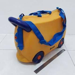 POSB Kids Luggage n Ride On
