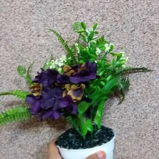 Potted Artificial Flower 🌻