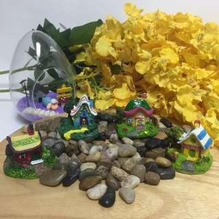 Terrarium accessories miniature candy house