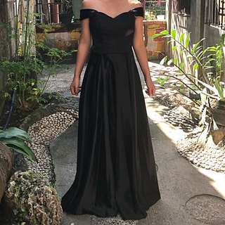 Off-Shoulder Black Long Dress for RENT