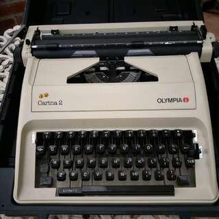 Olympia Carina 2 Typewriter
