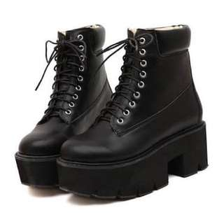 Thick Combat boots