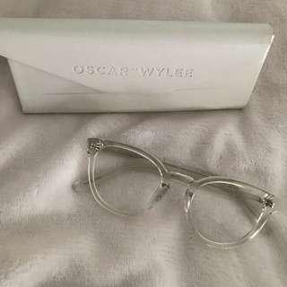 Oscar Wylee chamberlain in Clear Crystal