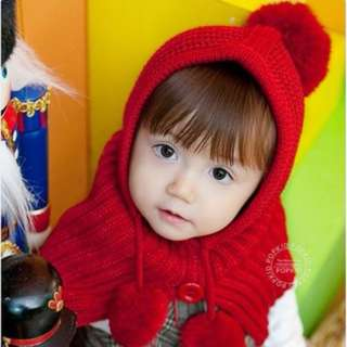Girls Red Beanie/Hat Winter Autumn Warmer - USED