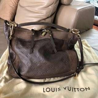Louis Vuitton Audacieuse MM empr