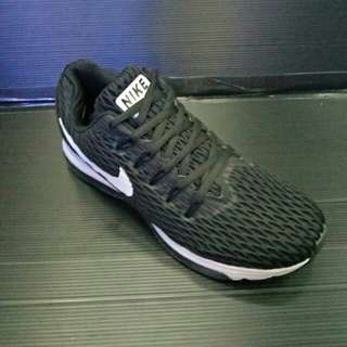 Nike zoom vegassus 33 for men import