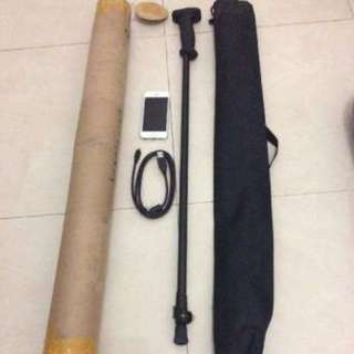 I Treasure Hunter with 3D image. Gold and Metal Detector