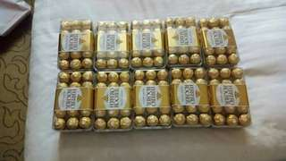 Ferrero rocher 30s