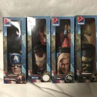Avengers tumbler w/action figures