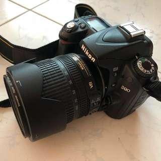 Nikon D90 DSLR with Camera bag