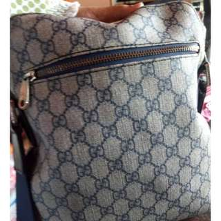 Gucci Sling Bag Original