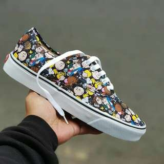 "SEPATU VANS AUTHENTIC x PEANUTS ""SNOOPY ON THE GANG"""