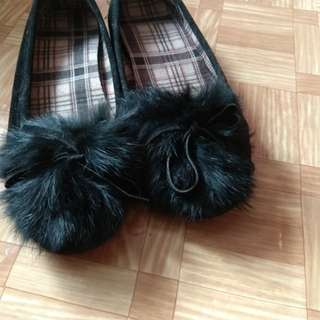 毛毛平底鞋(全新size37)