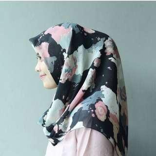 Jilbab Segi empat Viney- Arsyifa Series