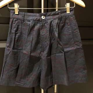 High waist short pants size S
