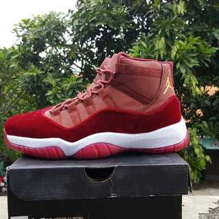 SEPATU BASKET AIR JORDAN 11 HIGH RETRO