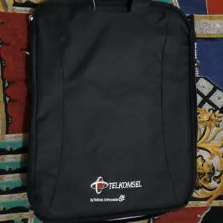 Telkomsel laptop bag