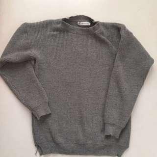 🚚 兩色粗針織毛衣