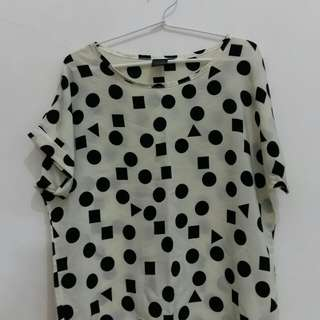 Top polkadot white