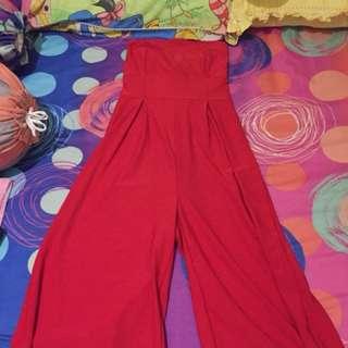 Jumpsuit kemben merah