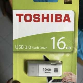 Toshiba 16GB USB 3.0 thumbdrive