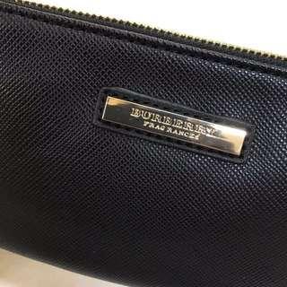 Burberry clutch makeup bag