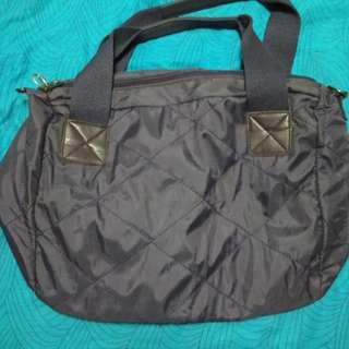Pre-loved: Purple duffel bag