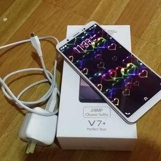Vivo V7 plus (GOLD)