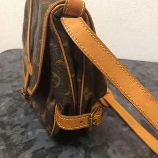 AUTHENTIC Vintage Louis Vuitton Saumur 30 from Japan
