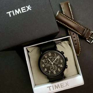 Timex Weekender Chrono Oversized PVD Full Black genuine leather strap