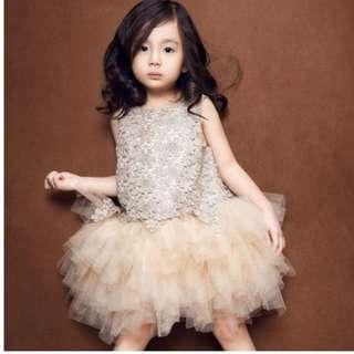 Princess dress (140/150)