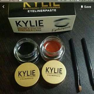 Kylie Double Color Eyeliner Cake