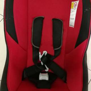 Combi Cocoro Baby Car Seat | Red