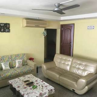 4 rooms flat whole unit for rent. Very spacious