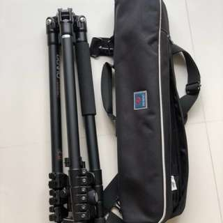 Benro A1681 Travel tripod set