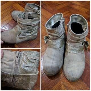 REPRICED!!! H&M Boots (3-4 yo)