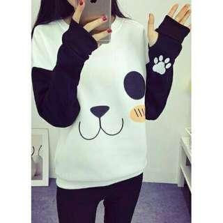 Roundhand panda sweater