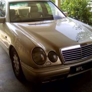 mercedez E240