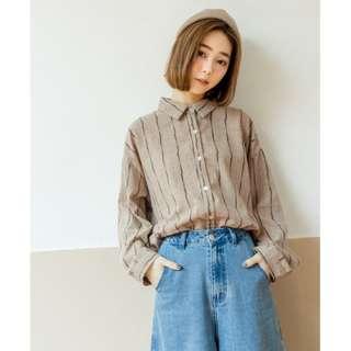QUEENSHOP變化條紋格剪接造型長袖襯衫