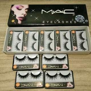 Bulu mata palsu / fake eyelashes merk MAC KODE 021