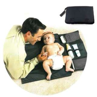 Baby diaper changing mat Changing station ★ Portable changing mat ★Portable diaper changing station ★ Baby diaper changing travel kit ★ Baby clutch diaper mat ★ waterproof and foldable
