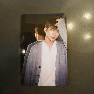 Ong Seongwu Official Photocard